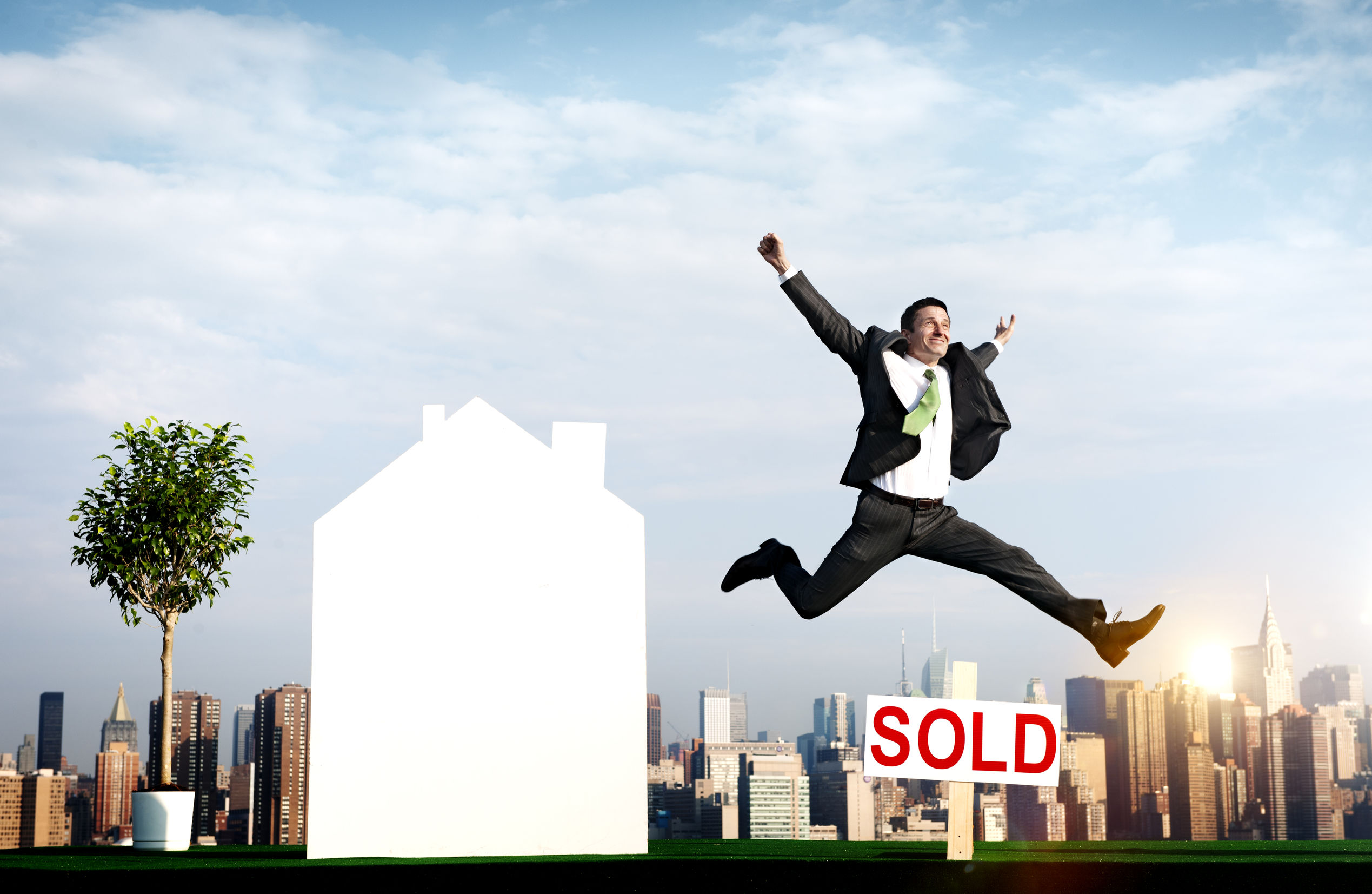 Buying Dubai Property Close to Work