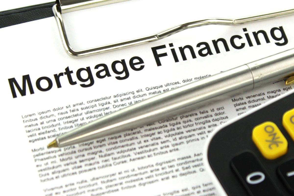 Effect of the Lowest Mortgage Rate